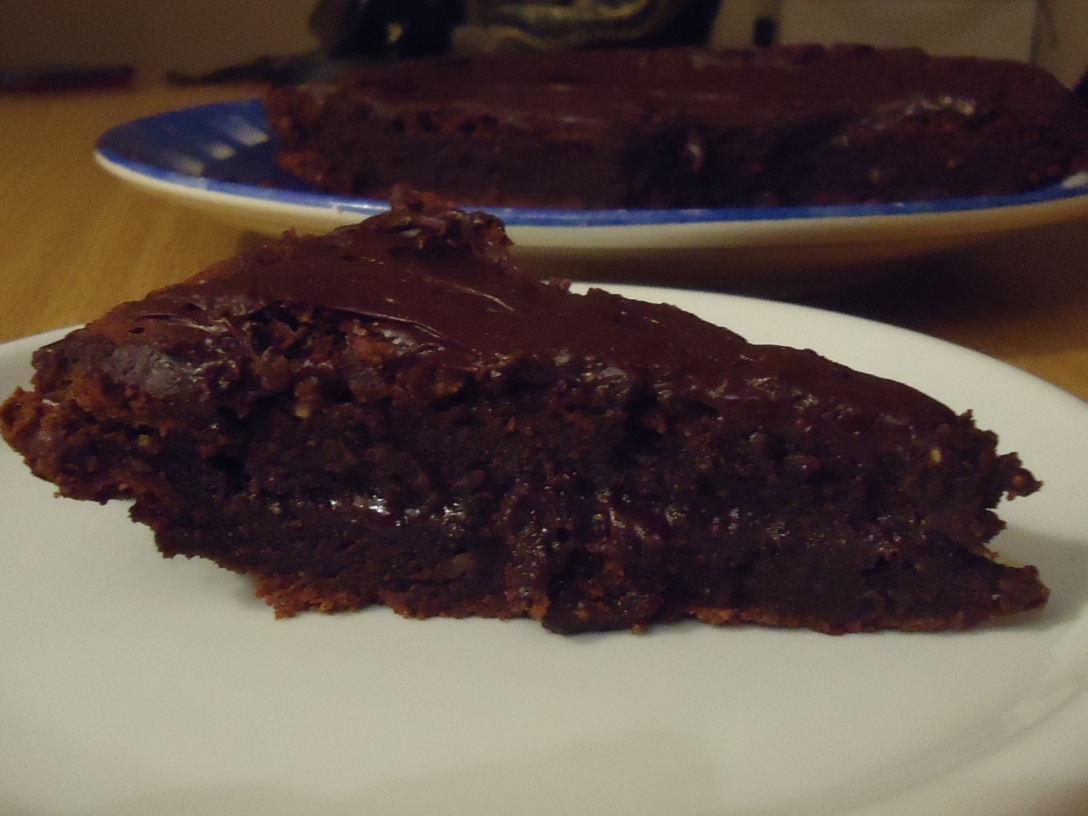 The messiest but most decadent chocolate nutella cake (and it's glutein free-yay!)